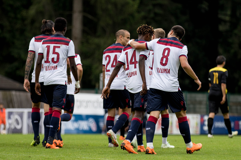 ボローニャは駒野とプレマッチを行い圧勝 © Bologna FC
