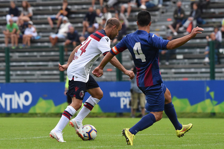 今季も元気そうなパラシオ © Bologna FC