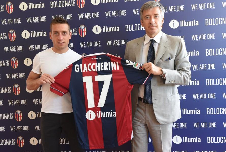 Emanuele Giaccherini エマヌエレ・ジャッケリーニのクラブ加入会見が開かれる © Bologna FC
