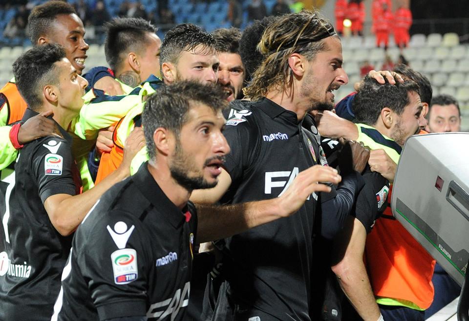 Grandiiiiiii!!!!! © Bologna FC