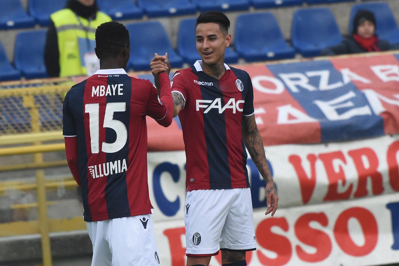 エムバイェとプルガール © Bologna FC