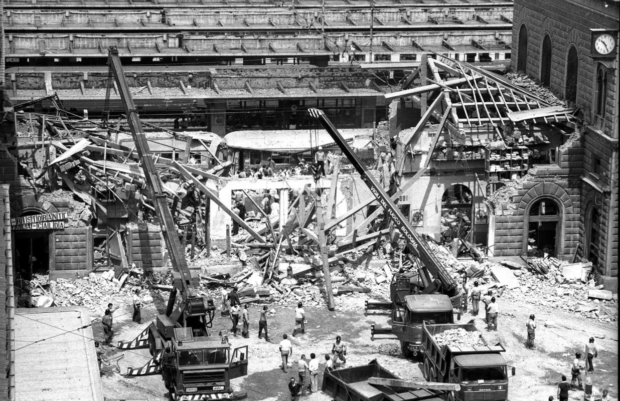 ボローニャ駅爆破テロ事件から38年